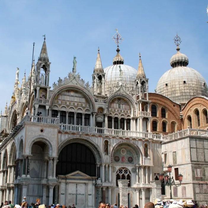 reisetipps-venetien-reisetipps-italien-rundreise-venetien-sehenswuerdigkeiten-venedig-duomo