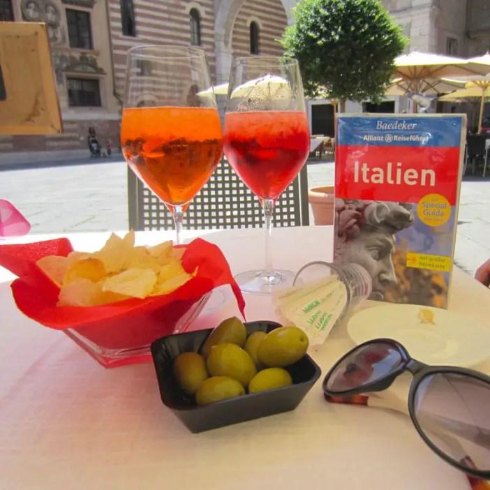 reisetipps-venetien-reisetipps-italien-rundreise-venetien-sehenswuerdigkeiten-verona-aperol-spritz