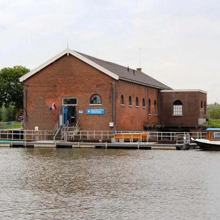 sehenswuerdigkeiten-den-haag-Kinderdijk-suedholland-reisetipps-niederlande-besucherzentrum