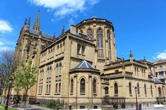 sehenswuerdigkeiten-san-sebastian-reisetipps-baskenland-reisetipps-spanien-Catedral-del-Buen-Pastor-rueckseite