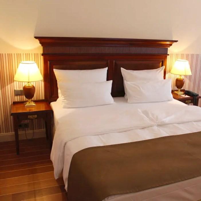 atlantic-Grand-Hotel-Travemuende-hoteltipp-deutschland-zimmer-bett