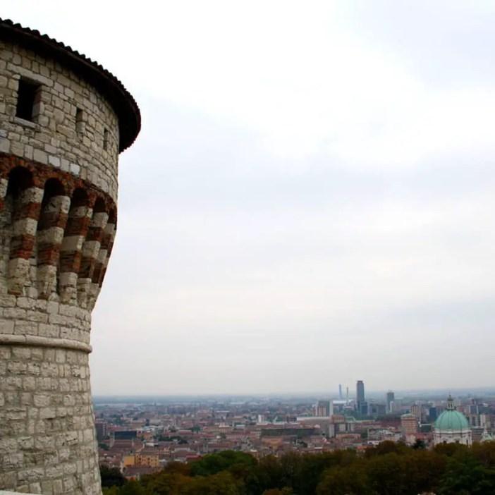 reisetipps-lombardei-reisetipps-italien-rundreise-lombardei-sehenswuerdigkeiten-brescia-Castello-di-Brescia-ausblick-turm