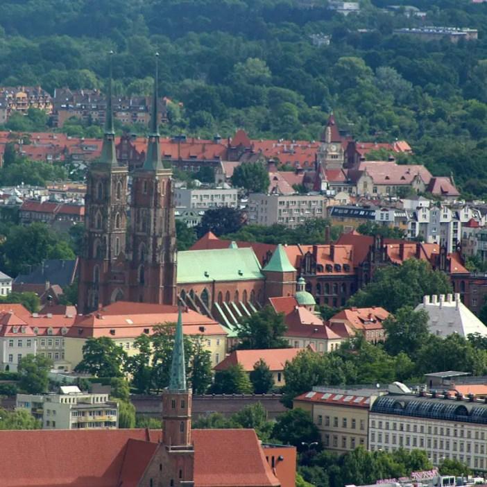 sehenswuerdigkeiten-breslau-niederschlesien-reisetipps-polen-sky-tower-dominsel