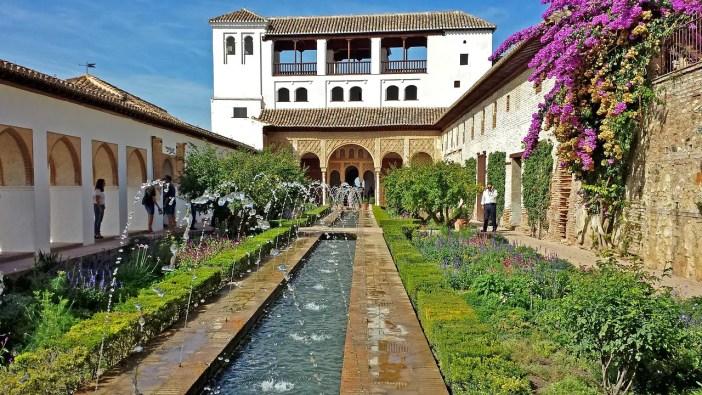 sehenswuerdigkeiten-spanien-nicolos-reiseblog-alhambra-granada-gaerten
