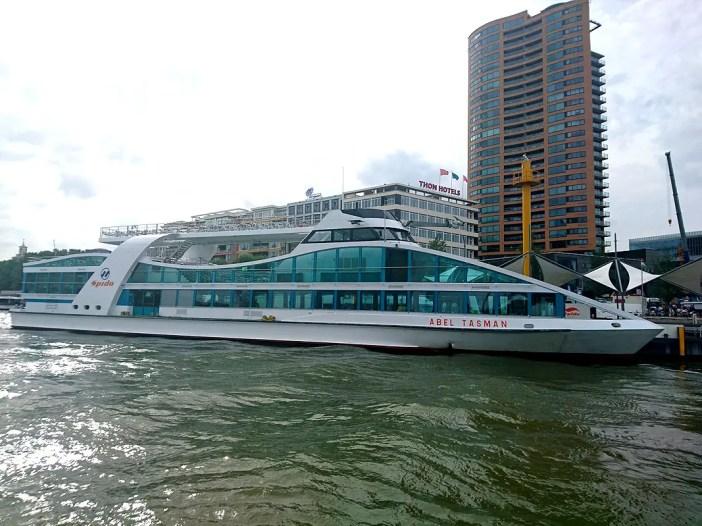 Was-muss-man-in-Rotterdam-gesehen-haben-spido-boat