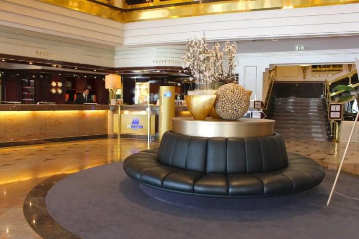 maritim-hotel-ulm-hoteltipp-deutschland-baden-wuerttemberg-lobby
