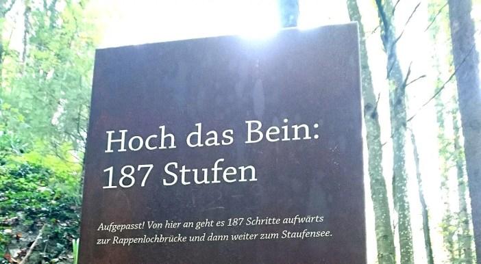 sehenswuerdigkeiten-dornbirn-reisetipps-vorarlberg-reisetipps-oesterreich-rappenlochschlucht-hinweisschild-motivation