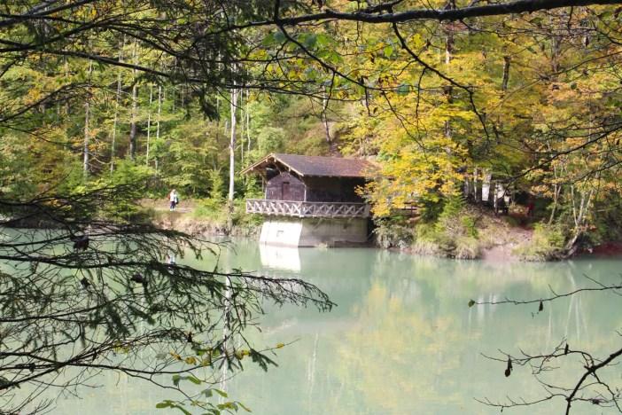 sehenswuerdigkeiten-dornbirn-reisetipps-vorarlberg-reisetipps-oesterreich-rappenlochschlucht-stausee-staufensee-huette