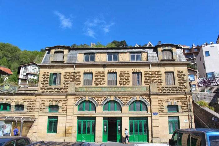 sehenswuerdigkeiten-san-sebastian-reisetipps-baskenland-reisetipps-spanien-belle-epoque-Station-Funicular