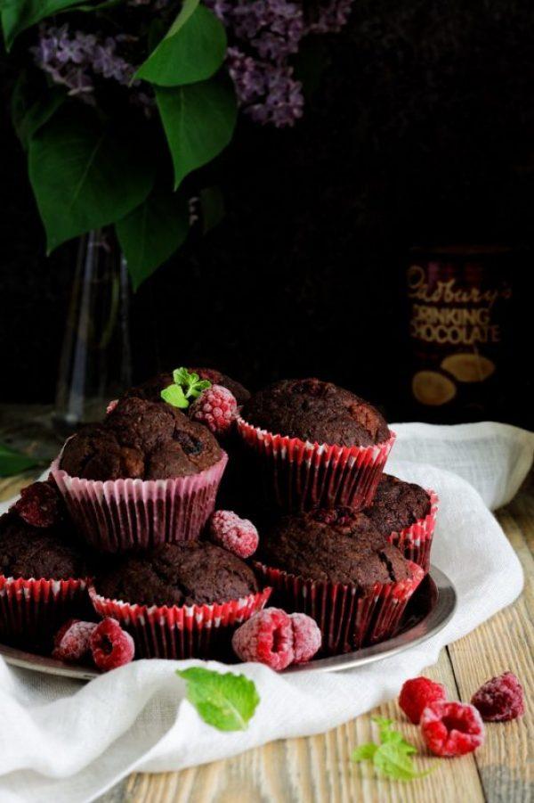 Muffinki czekoladowe z malinami bezglutenowe i wegańskie