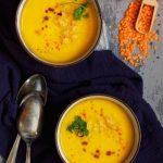Zupa z dyni z soczewicą czerwoną