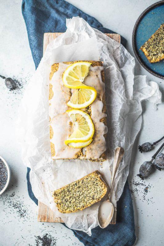 Wegański piegusek ciasto z makiem