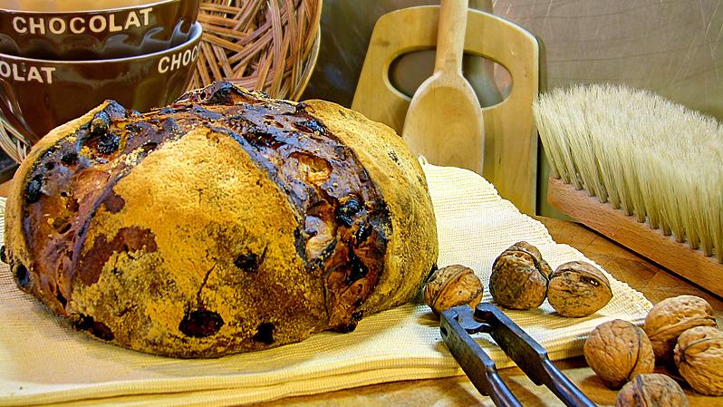 pain au saindoux et aux noix