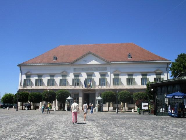 Palais Sandor