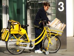 Utility Mail Deliver in Cologne