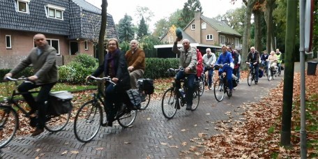 Elderly people cycling in Vught - Photo by BicycleDutch