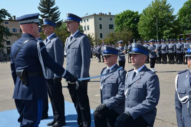 Mianowanie na kolejne stopnie policyjne w korpusie oficerów młodszych.