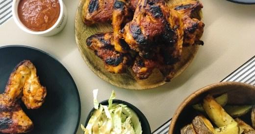 skrzydełka z domowym sosem BBQ