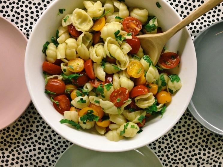 przepis na sałatkę makaronową
