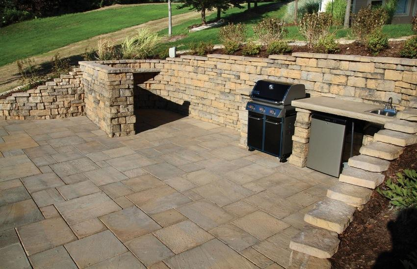 Dimensional Flagstone  Pavers  Pavers  Retaining Walls