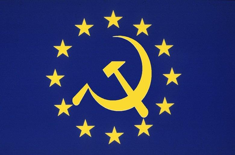 Znalezione obrazy dla zapytania Tusk z unijną flagą