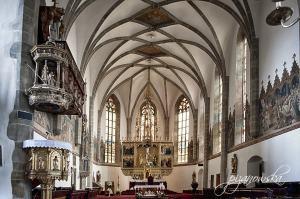 Ołtarz główny w kościele św. Krzyża w Kieżmarku
