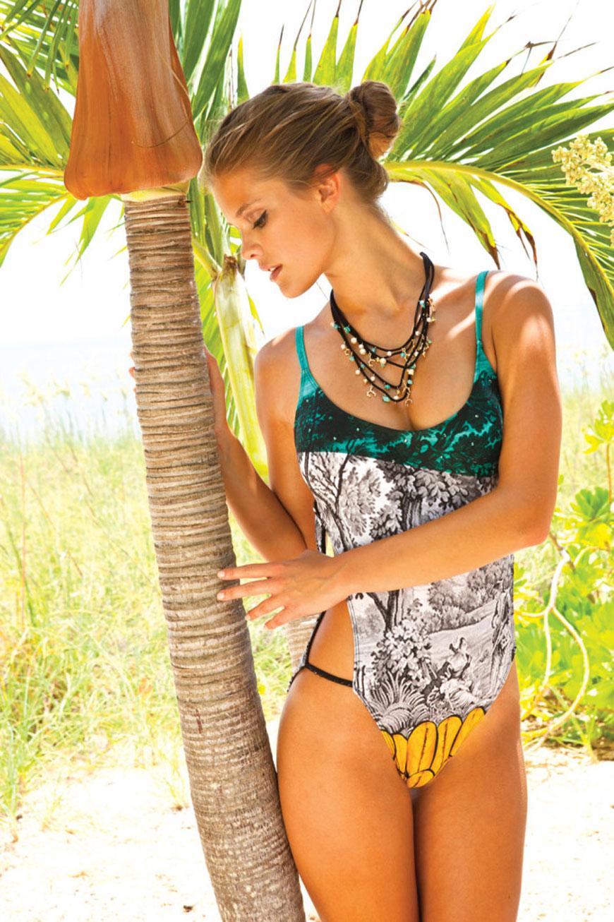 Nina Agdal - Sauvage Swimwear 2013 (7)