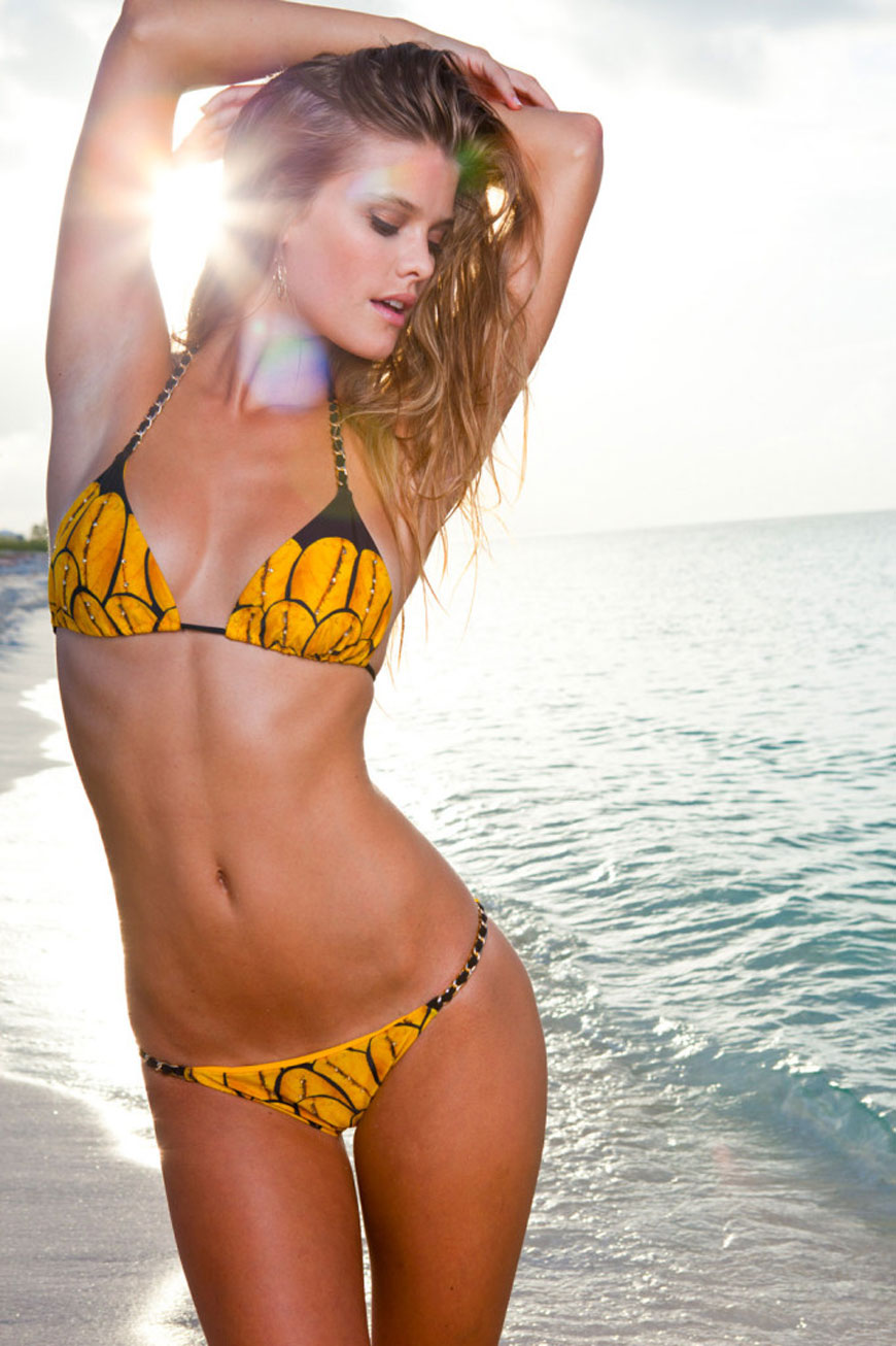 Nina Agdal - Sauvage Swimwear 2013 (28)