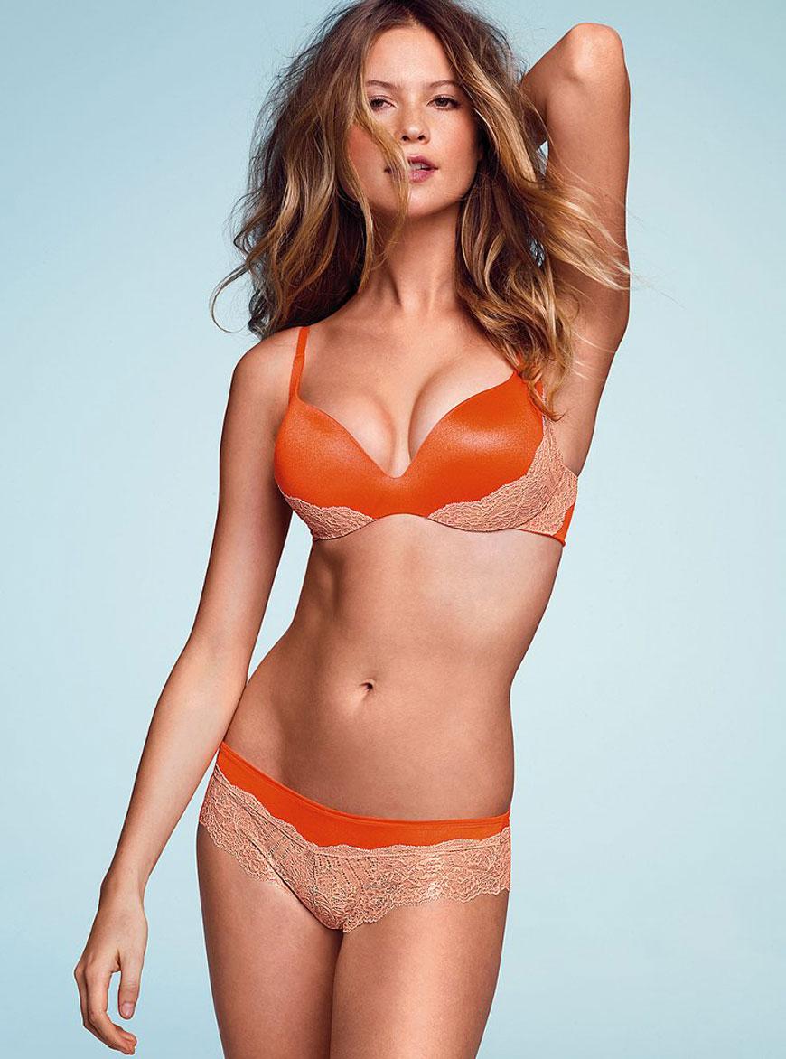 Behati Prinsloo - Victoria Secret (33)
