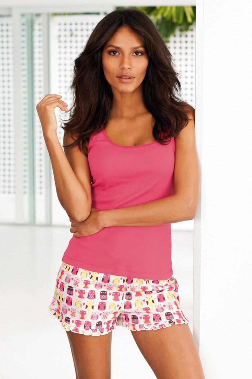 Emanuela de Paula lekker zomers gekleed (29)