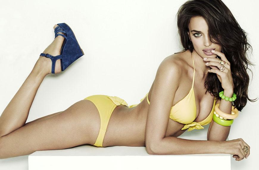 Irina Shayk sexy in bikini (4)