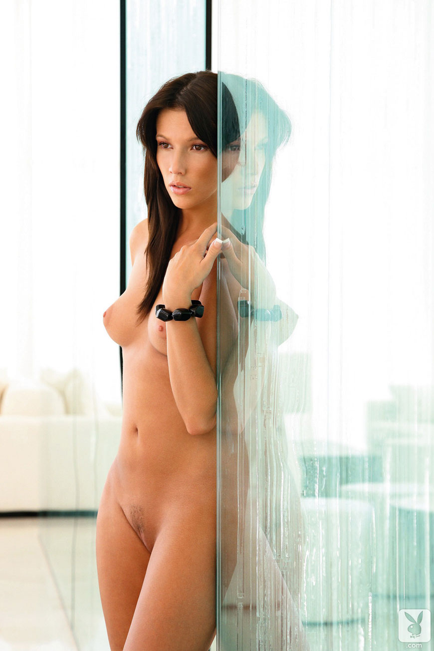 Josipa Marusic Glass - Playboy (19)
