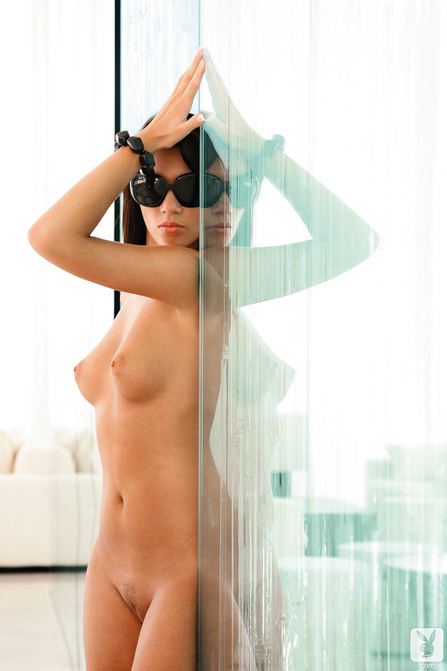 Josipa Marusic Glass - Playboy (18)