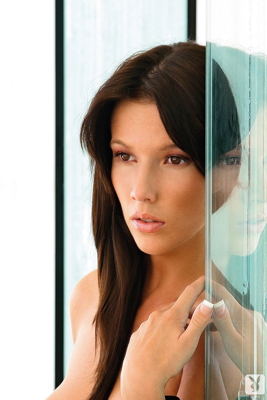 Josipa Marusic Glass - Playboy (14)