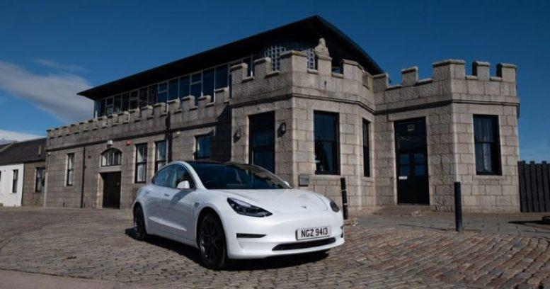 Tesla Model 3 - Porca Quay - Aberdeen