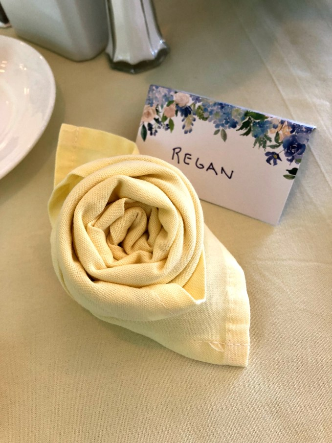 unique napkin rosette