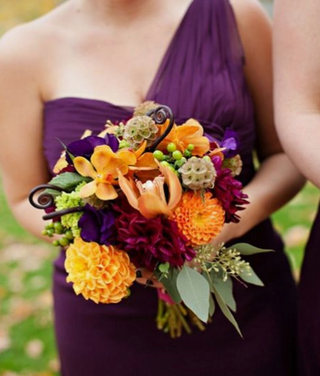 Brides using fall color for their weddings
