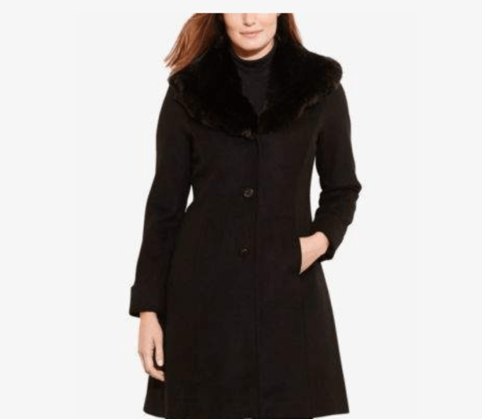 Add a fur collar long wool coat for a more glamour look