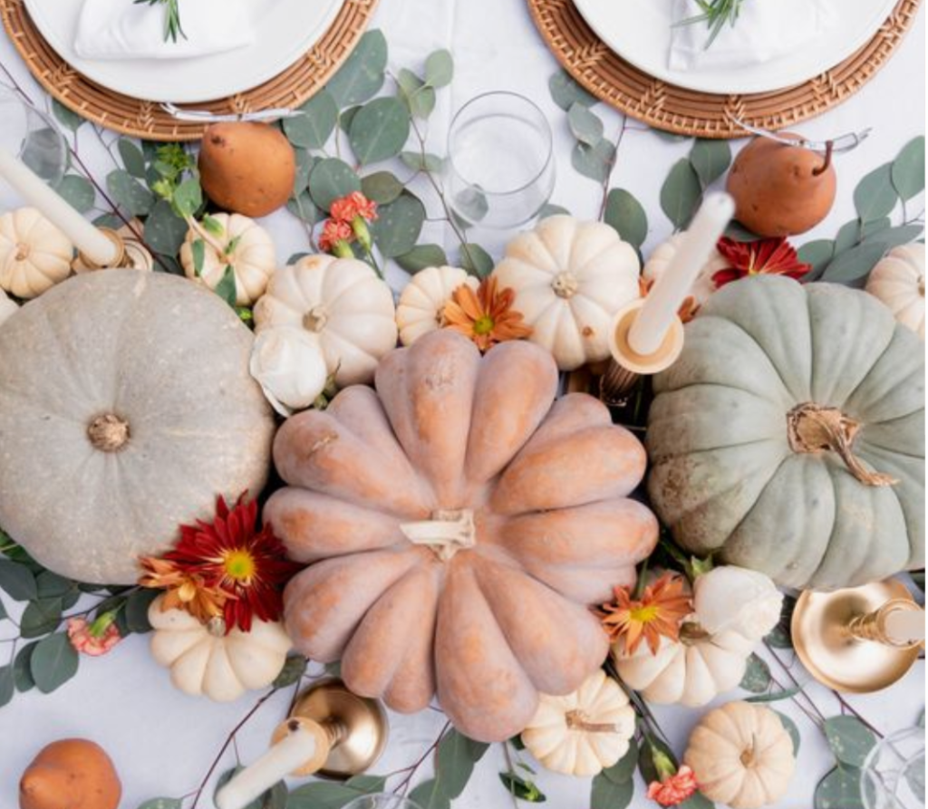 How To Create A Picture Perfect Thanksgiving Table- don't be afraid to experiment with colors