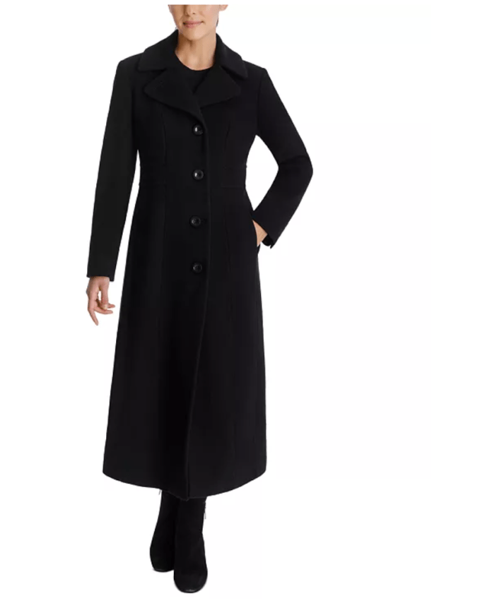 Your event coat needs to be black so that it will be chic, stylish, and not clash with any outfit you wear. Choose single-breasted, very little button details. Such as this one, Anne Klein Single-Breasted Maxi Coat. This coat is perfect for taller women.