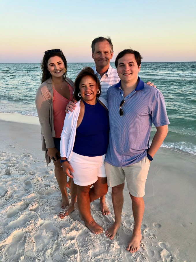 Family Vacation Pictures On The Beach.