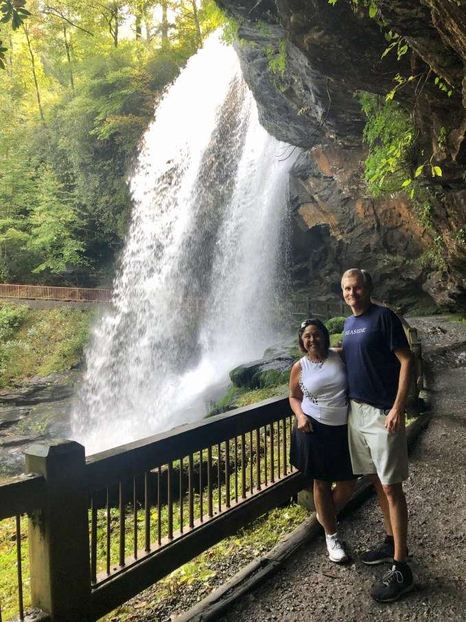 With mostly paved walking paths and steps, Dry Falls is a family friendly hike to start off your adventures in Highlands/Cashier NC