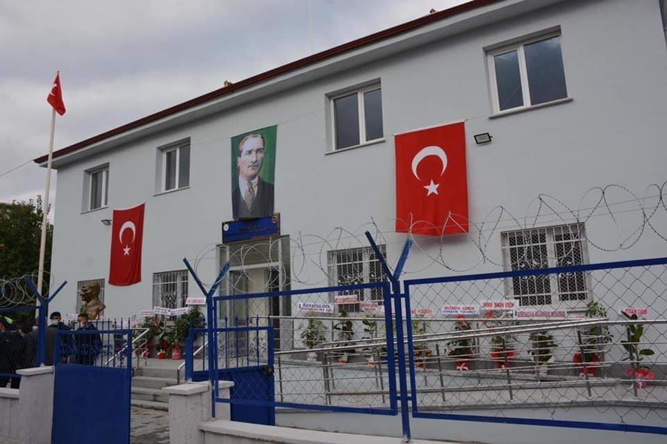 Kemerhisar Jandarma Karakolu hizmete açıldı