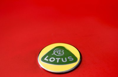 Lotus Elan badge