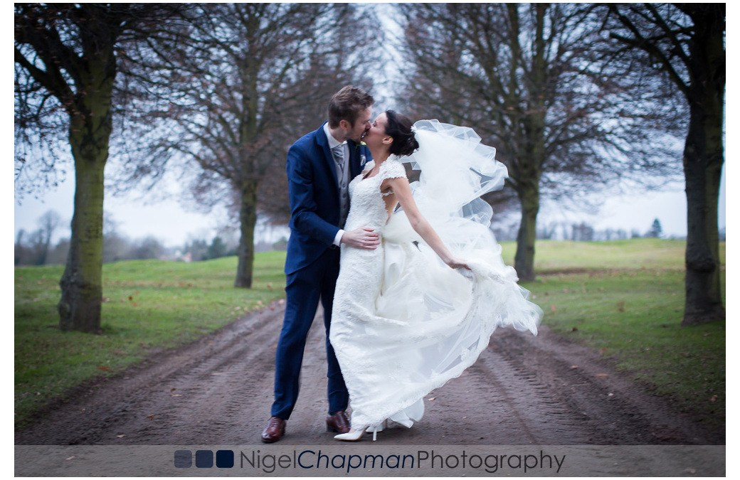 Buckinghamshire Golf Club Wedding & St Mary's Church Harefield – Laura & Lawrence 23 December 2016