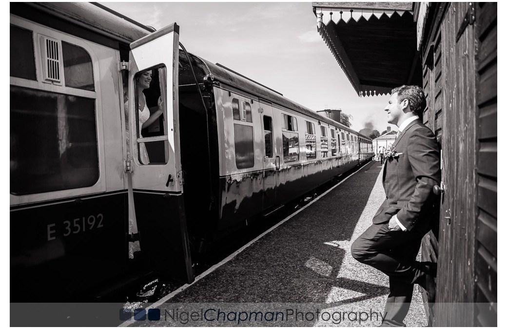 Buckinghamshire Railway Centre Wedding Photography – Katie and Steven