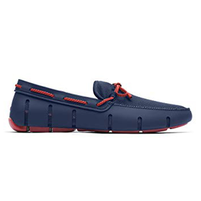 swims-sqaure-blue-side-on