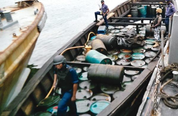 Navy Arrests Vessels over illegal activities in Lagos