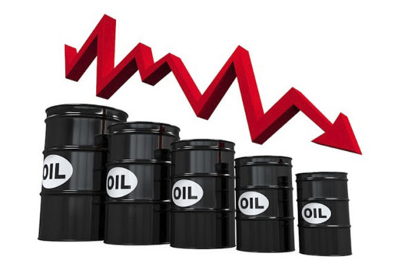 Oil prices may crash again as market structure signals return of glut.