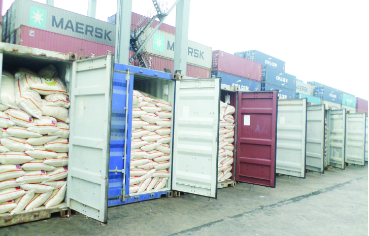 Customs interceps fresh N1.1bn containers of expired rice, tomatoes in Rivers Port